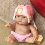 子どもの頭の形を矯正するためにアメリカでヘルメット作って帰国した